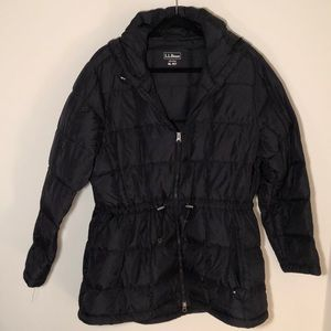 L.L. Bean water-resistant down jacket 🖤